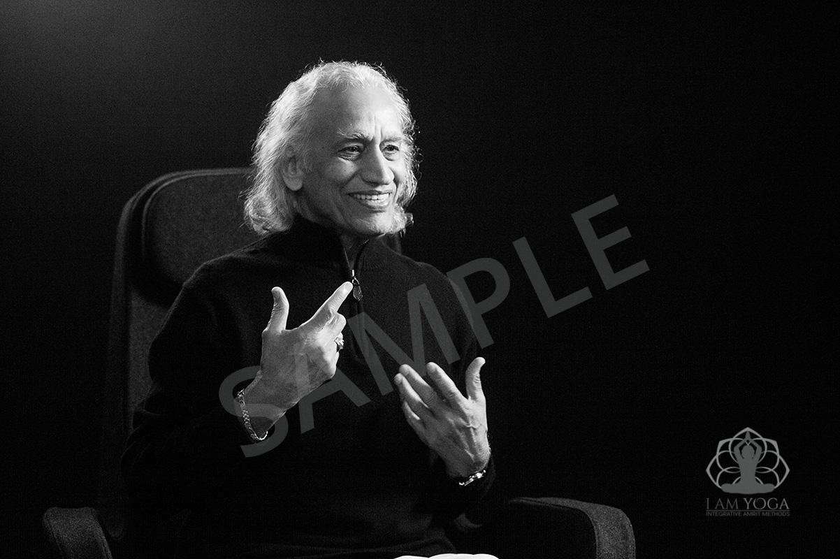 Black and white photo of Gurudev (Yogi Amrit Desai).